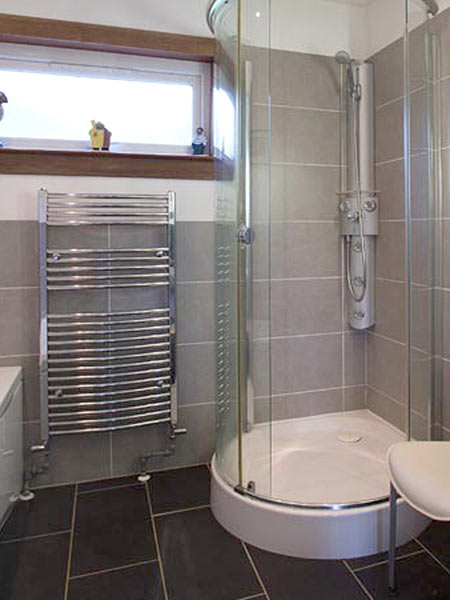 Plockton parth galen bathroom